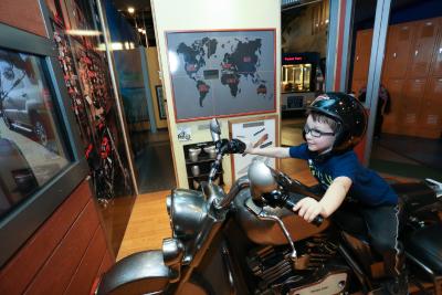 Hands-On-Harley-Davidson